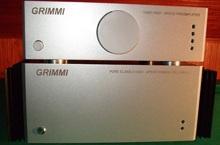 Два блока гибридный High-End усилитель Grimmi - общий вид
